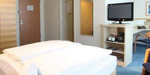 Забронировать Lindner Hotel Dom Residence
