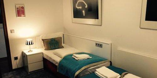 Забронировать Dom Hotel Am Römerbrunnen