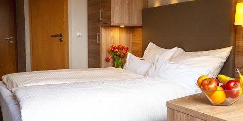 Забронировать Hotel Haus Morjan