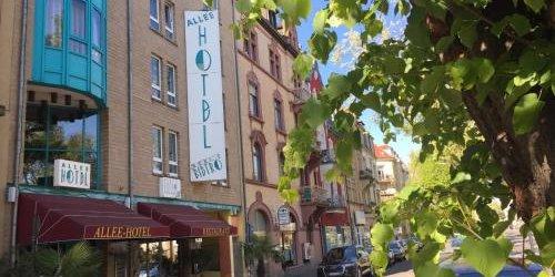 Забронировать Allee-Hotel Pavillons