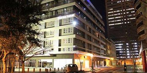 Забронировать Circa Luxury Apartment Hotel