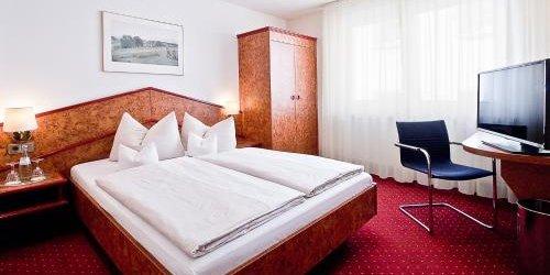 Забронировать Hotel Goldene Rose
