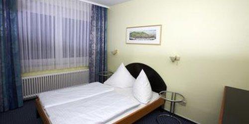 Забронировать Hotel ISG Heidelberg