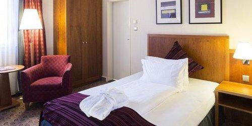 Забронировать Crowne Plaza Hotel Hamburg - City Alster