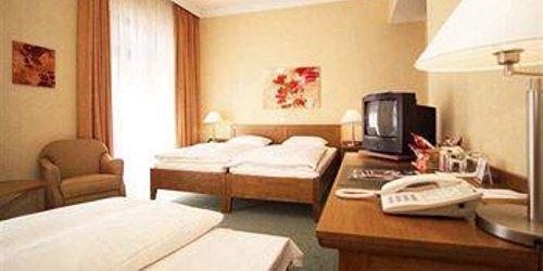 Забронировать Alster-Hof