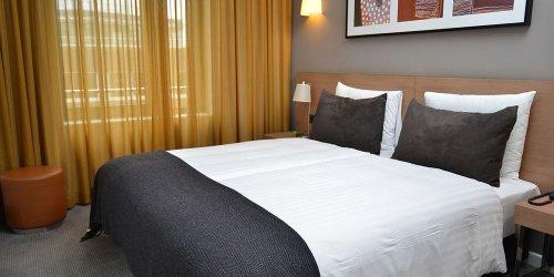 Забронировать Adina Apartment Hotel Hamburg Michel