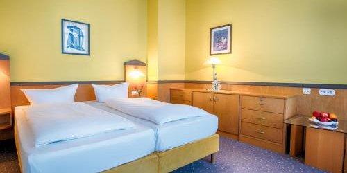 Забронировать Golden Leaf Hotel & Residence Frankfurt