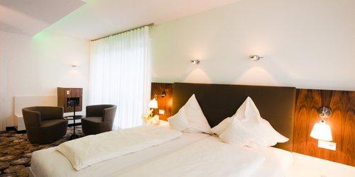 Забронировать Mintrops Land Hotel Burgaltendorf