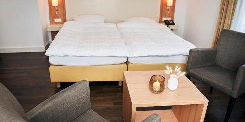 Забронировать Parkhaus Hügel