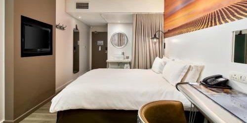 Забронировать Protea Hotel OR Tambo Airport