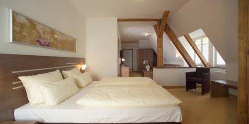 Забронировать Hotel Brühlerhöhe