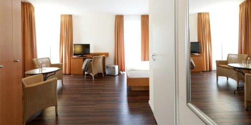 Забронировать Hotel Ambiente