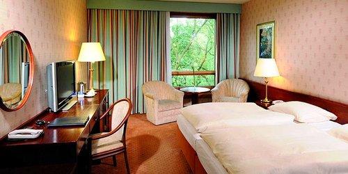 Забронировать Maritim Hotel Bremen