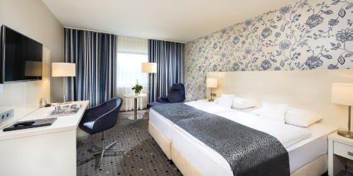 Забронировать Maritim Hotel Bonn