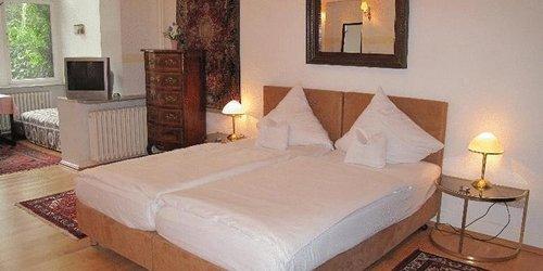 Забронировать Villa FLORA Hotel