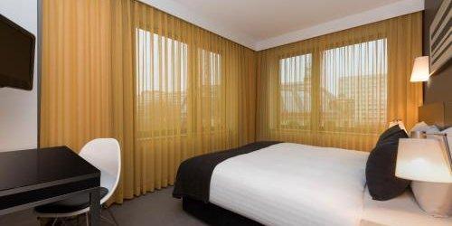 Забронировать Adina Apartment Hotel Berlin Hackescher Markt