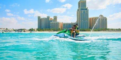 Забронировать Al Hamra Palace Beach Resort
