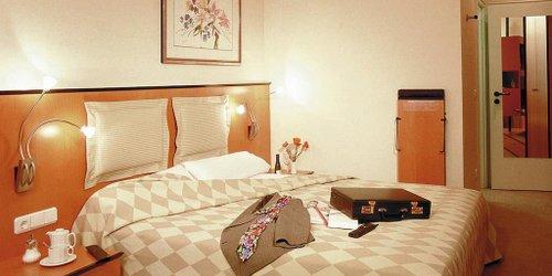 Забронировать Hotel am Rathaus