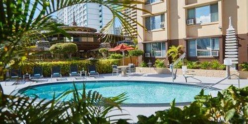 Забронировать Pagoda Hotel