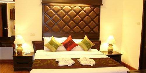 Забронировать Raming Lodge Hotel & Spa