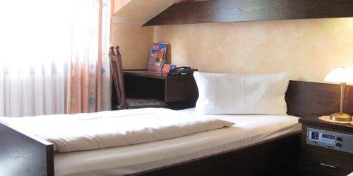 Забронировать Hotel Zur Heide