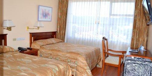 Забронировать Hotel Tambo Real