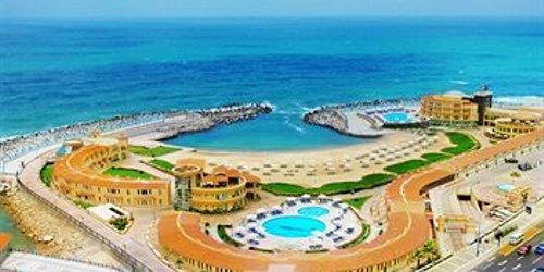 Забронировать Mediterranean Azur Hotel