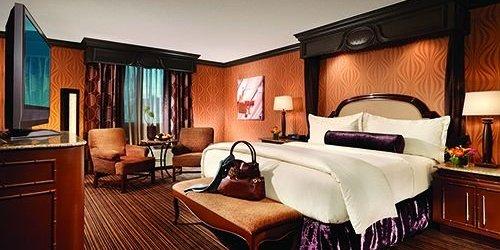 Забронировать Golden Nugget Hotel & Casino Las Vegas