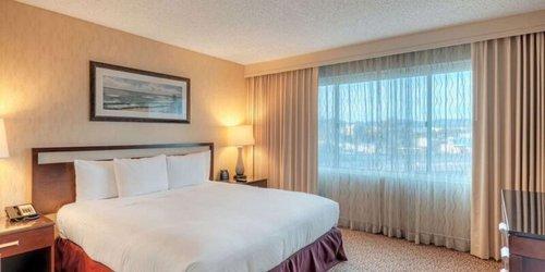 Забронировать DoubleTree Suites by Hilton Santa Monica