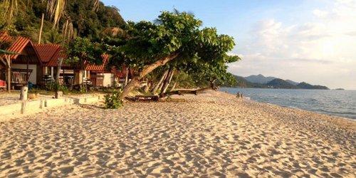 Забронировать White Sand Beach Resort
