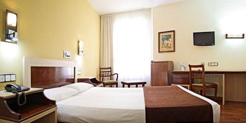 Забронировать Hotel Zaragoza Royal
