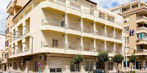 Забронировать Hotel Madrid