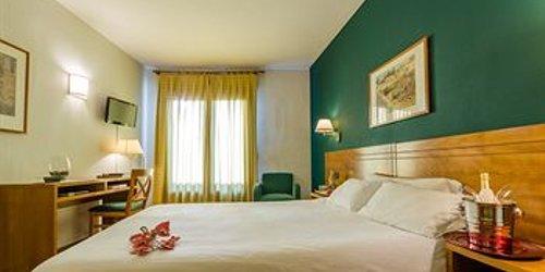 Забронировать Hotel Conquista de Toledo