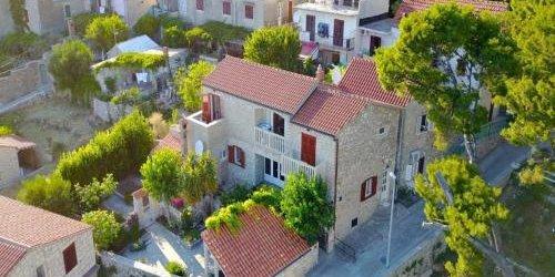 Забронировать Apartments Račić