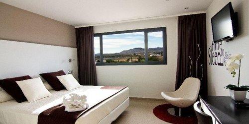 Забронировать Villa Alojamiento y Congresos