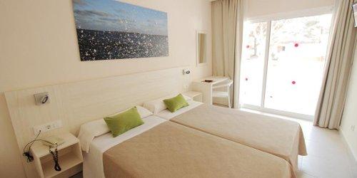 Забронировать Hotel Xaloc Playa