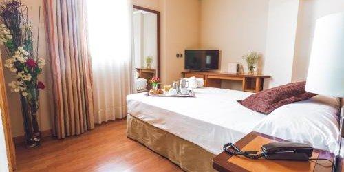 Забронировать Hotel Ibb Recoletos Coco Salamanca