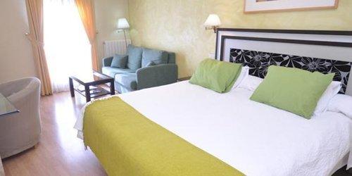 Забронировать Hotel Rua Salamanca