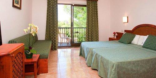 Забронировать Hotel Playa Mondragó