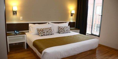 Забронировать Hotel Plaza Revolución