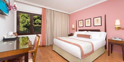 Забронировать Hotel Fuerte Marbella