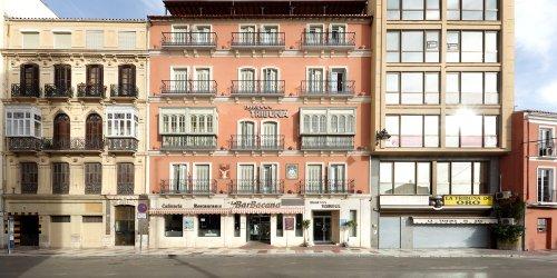 Забронировать Hotel Tribuna