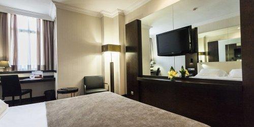Забронировать Hotel Saray