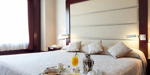 Забронировать Hotel Andalucía Center