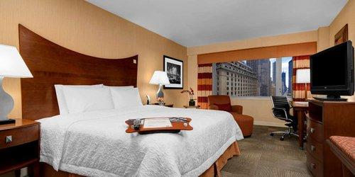 Забронировать Hampton Inn Manhattan-Times Square North