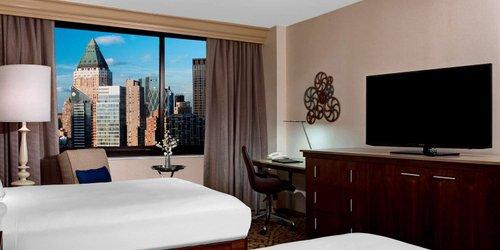 Забронировать Hilton Times Square
