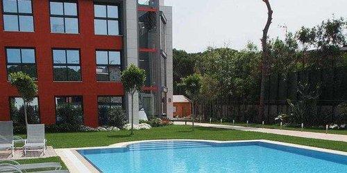 Забронировать Apartamentos Royal Marina Gardens