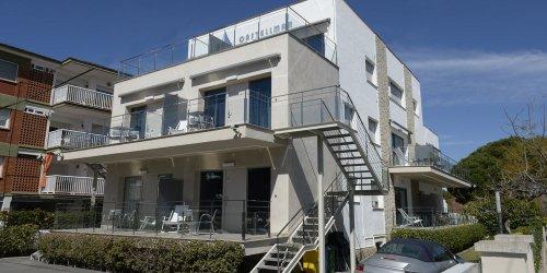 Забронировать Apartamentos Castellmar