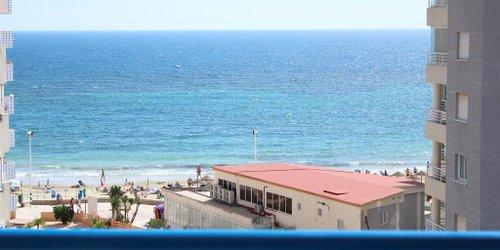 Забронировать Apartamentos Victoria Beach & Spa