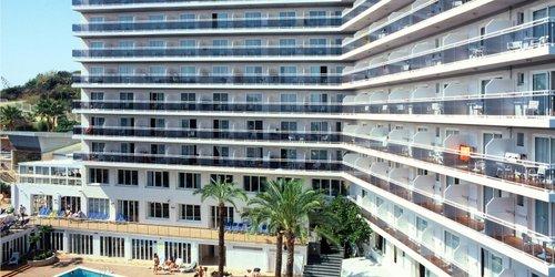 Забронировать Hotel Serhs Oasis Park
